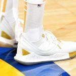 【バッシュ】NBA界の型破りなシューターが着用するバッシュ~ステファン・カリー~